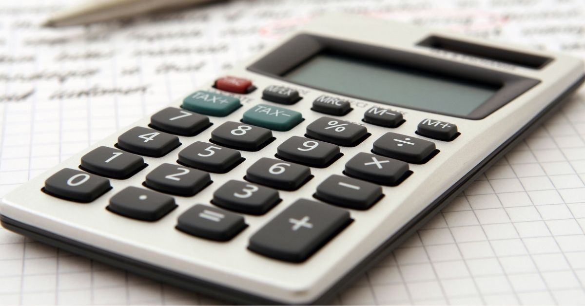 Equalizing payments using a calculator to divide assets after a divorce